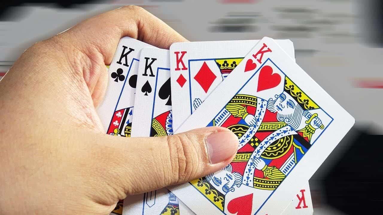 luật chơi bài cách tê 6 lá