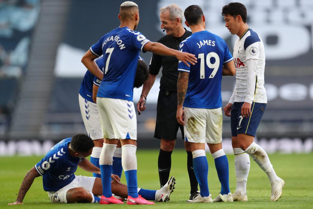 Soi kèo Everton vs Salford