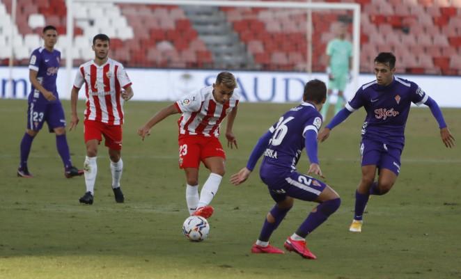 Soi kèo Logrones vs Sabadell, 00h30 ngày 16/11 - Hạng 2 Tây Ban Nha