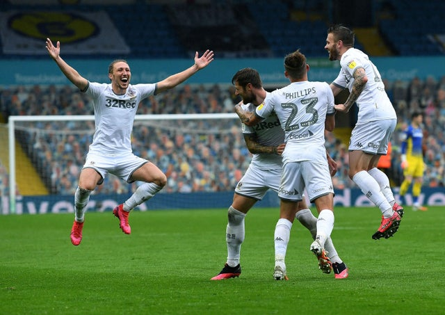 Soi kèo West Brom vs Leeds