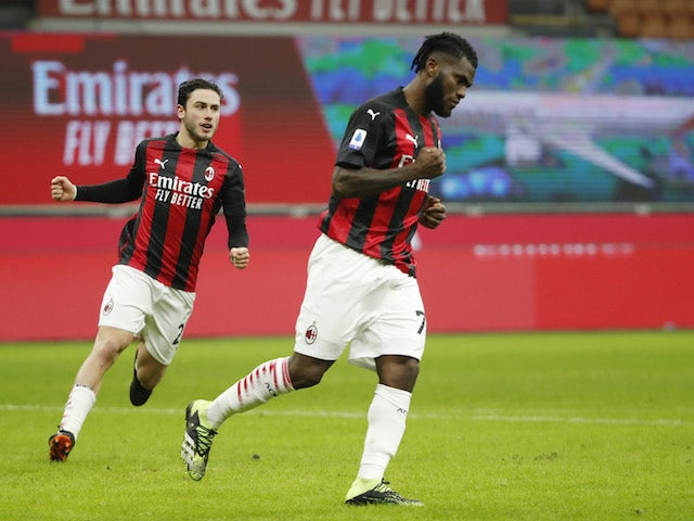 Soi kèo Cagliari vs Milan