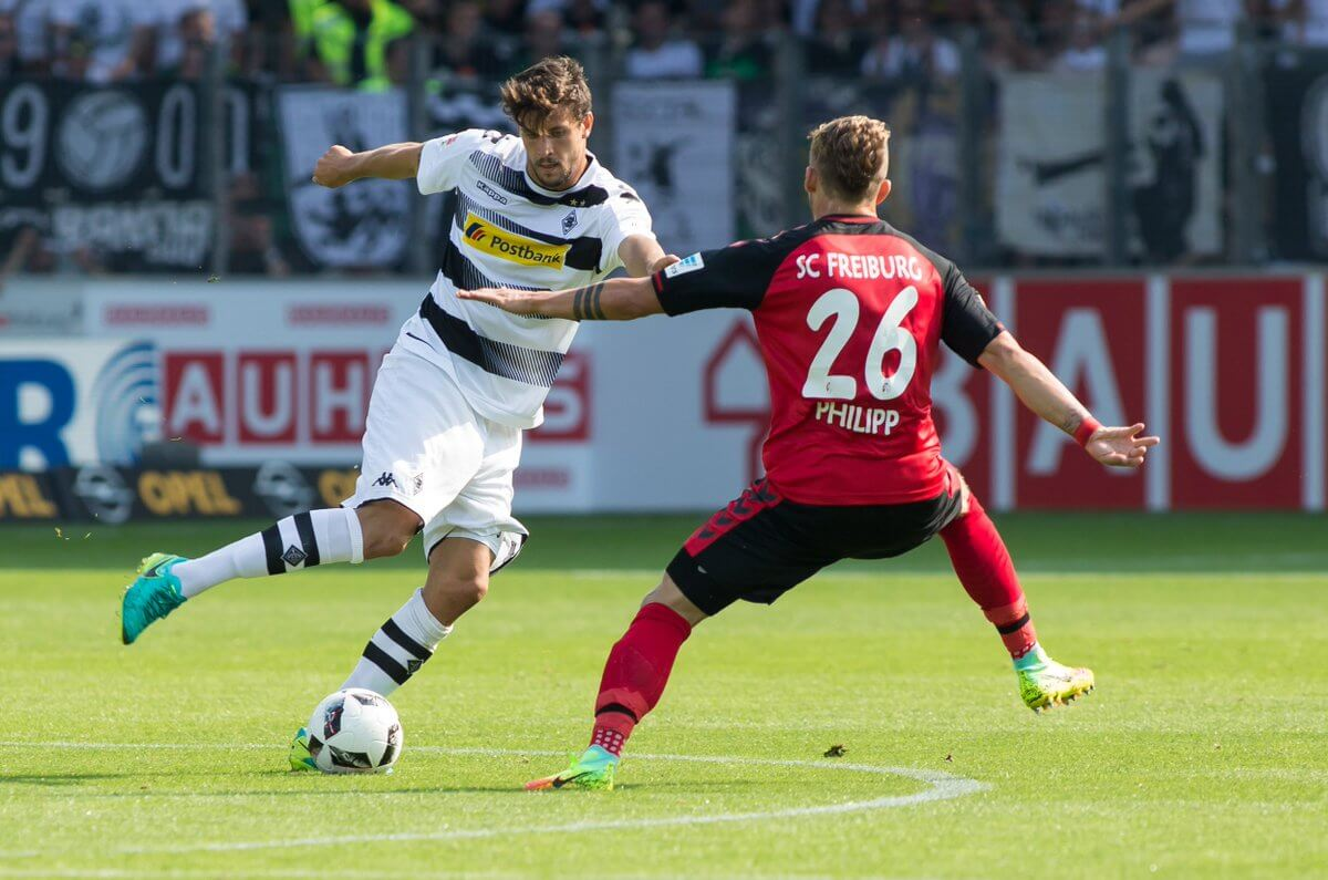 Soi kèo Augsburg vs Gladbach