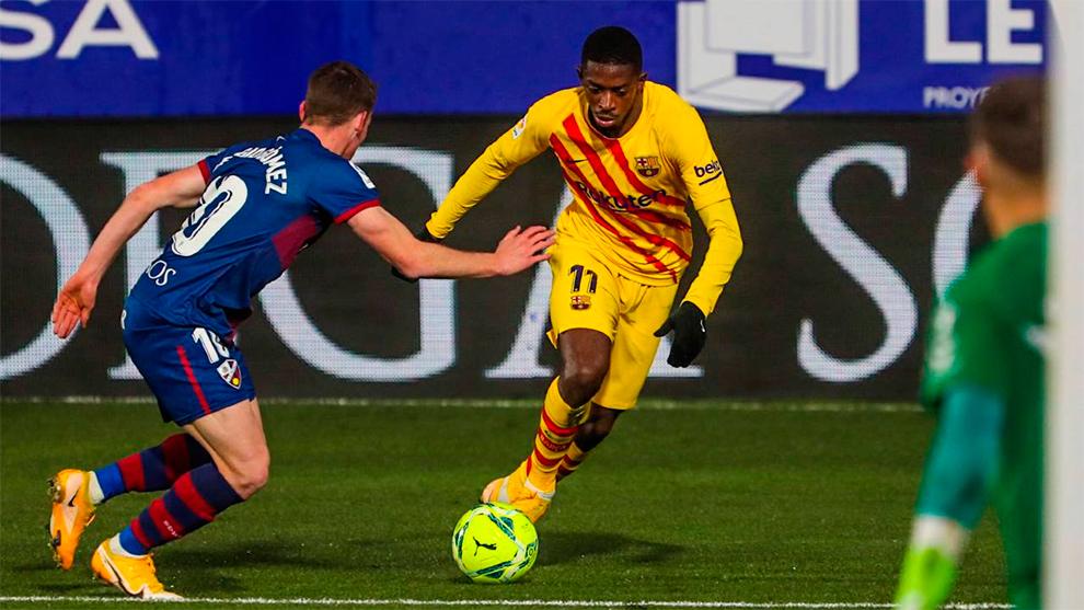 Soi kèo Barcelona vs Huesca