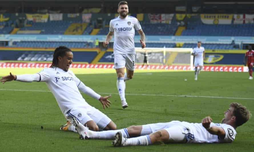 Soi kèo Fulham vs Leeds