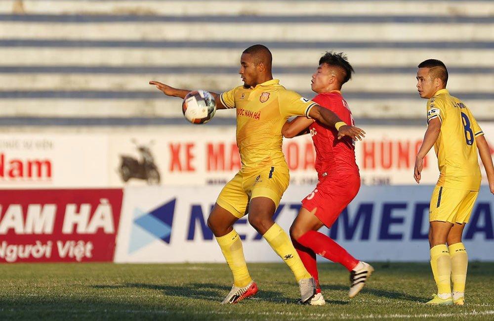 Soi kèo Nam Định vs Bình Định